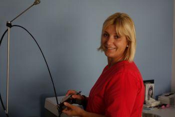 Une nouvelle infirmière rejoint l'équipe du Dr Abs